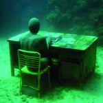 Скульптуры под водой
