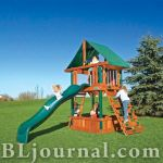 Детские игровые площадки из дерева от RAINBOW